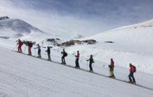 Erzurum'da dağ kayağı eğitimi gerçekleştirildi.