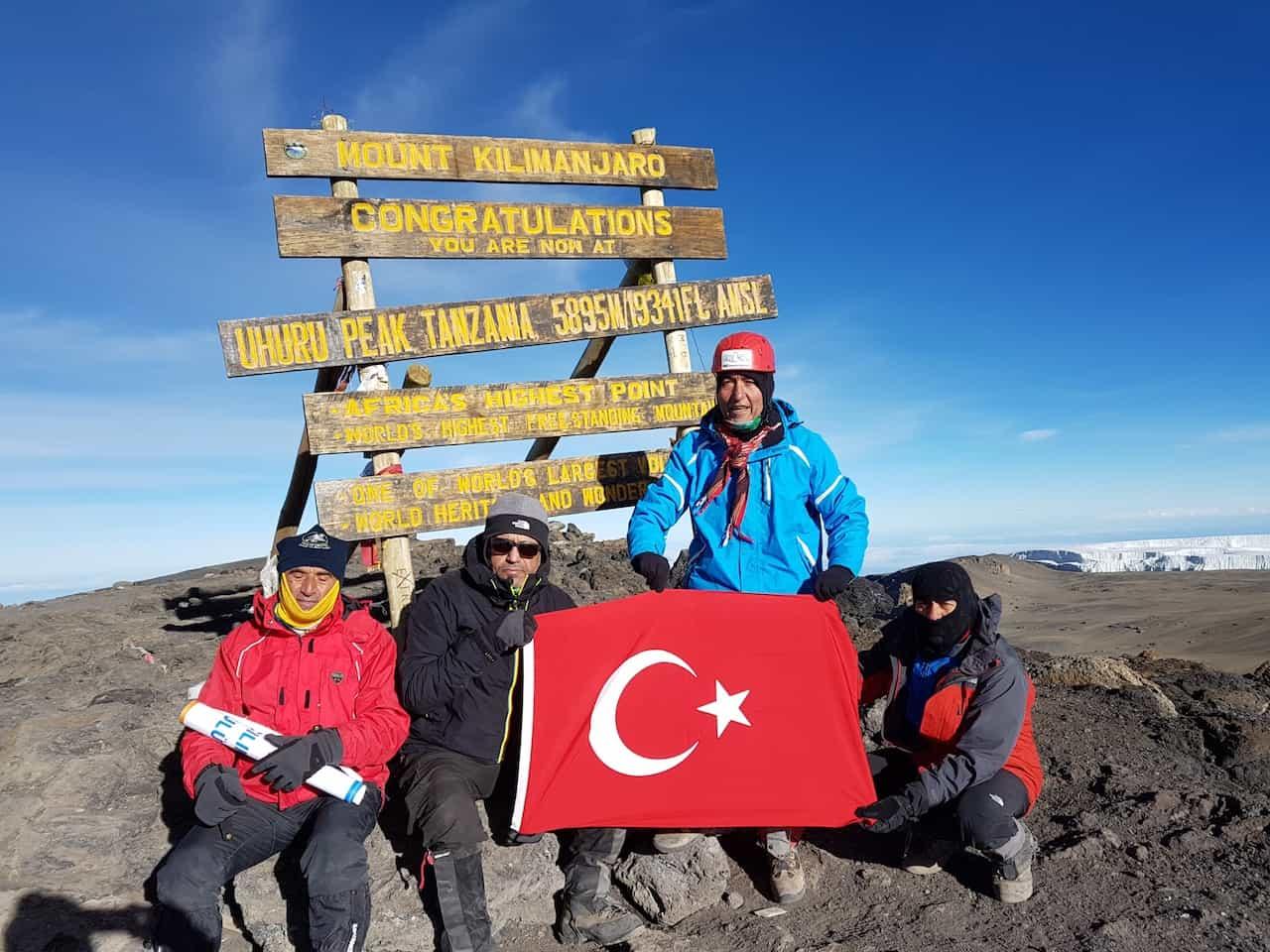 Kilimanjaro Dağı Zirve Tırmanışı