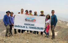 TDF Hakkari İl Temsilciliği Karaca Dağ Tırmanışı'nı gerçekleştirdi.