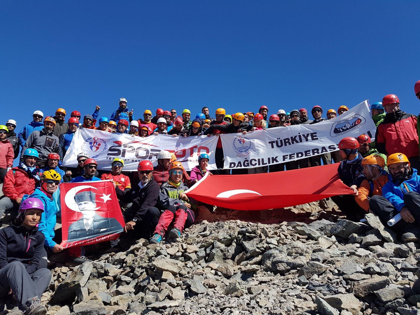 30 Ağustos Zafer Bayramı Kaçkar Dağı Tırmanışı tamamlandı.