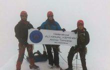 Karadeniz Teknik Dağcılık İhtisas Kulübü Kazbek Dağı Zirve Tırmanışı'nı başarıyla gerçekleştirdi.