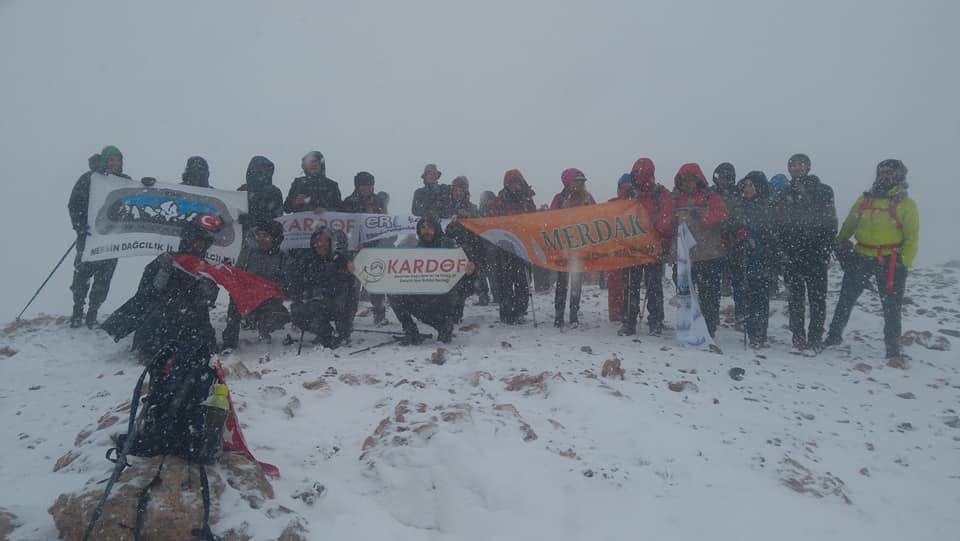 29 Ekim Yıldız - Tezcan Dağı Cumhuriyet Tırmanışı yapıldı.