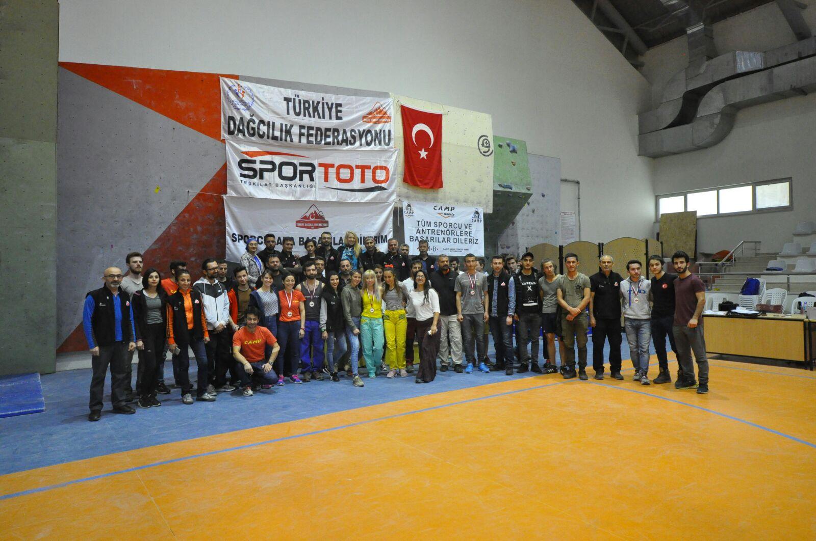 Gençler, Büyükler Lider Türkiye Şampiyonası Finalleri 1. Ayak Tamamlandı