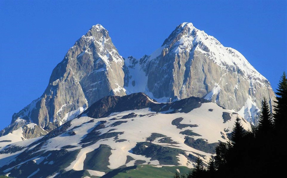 Ushba Dağı Tırmanış Ekibi yola çıktı.
