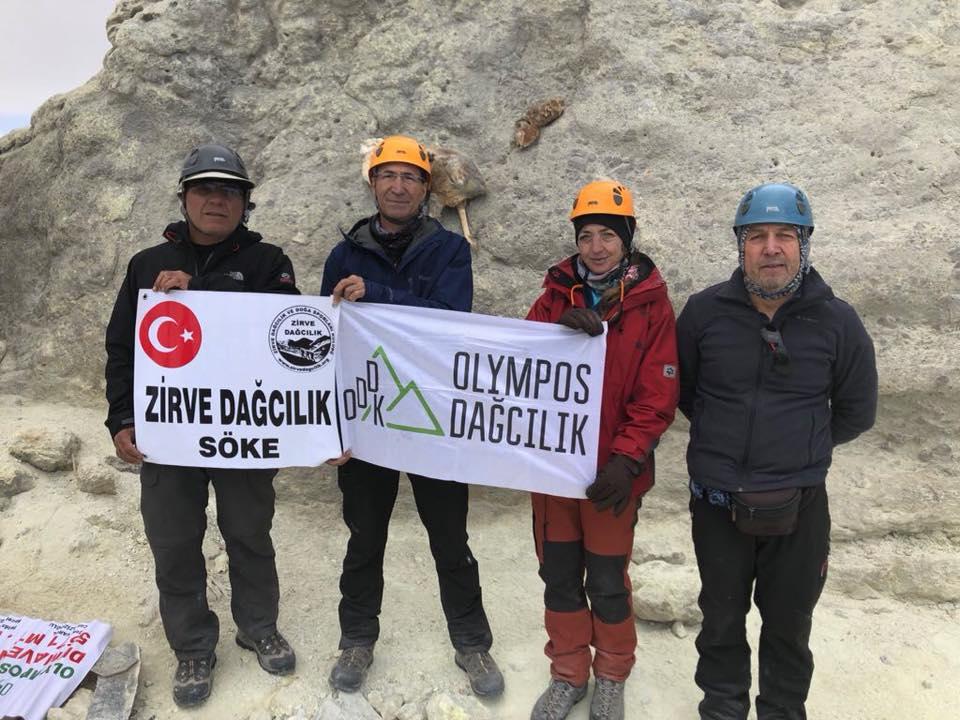 Alam-Kuh (4848 m) ve  Demavend (5610 m) Zirve Tırmanışları gerçekleştirildi.