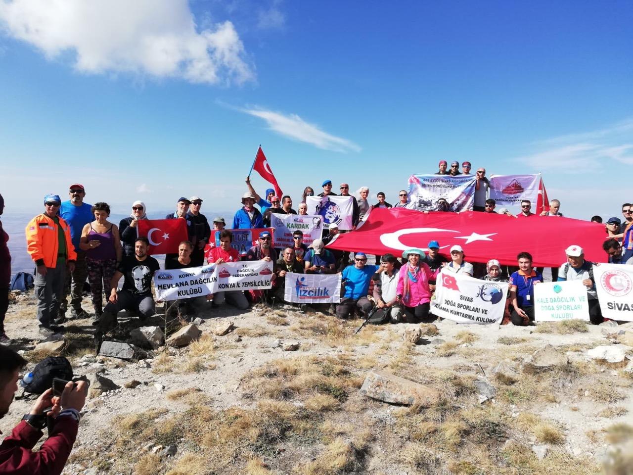 6. Ulusal Yıldız Dağı Anma Tırmanışı gerçekleştirildi.