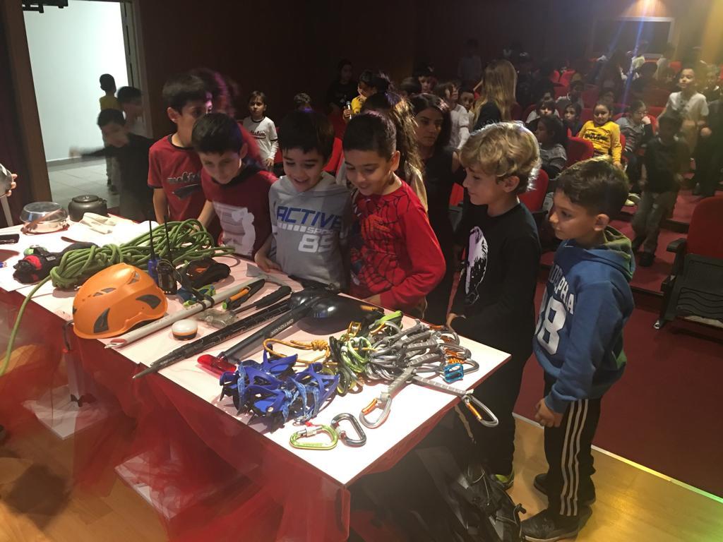 Adana Dağcılık İl Temsilciliği Adana'da okul ziyaretleri gerçekleştiriyor