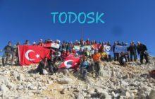 TODOSK 26. kez Kızlar Sivrisi Dağı Zirvesi'nde!