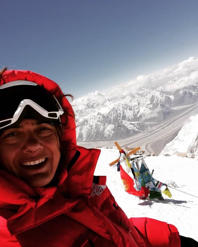 TODOSK tarafından Khan Tengri Dağı'na (7010m) başarılı bir tırmanış gerçekleştirildi.