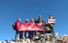 Nokta Dağcılık Erciyes Dağı zirve tırmanışını gerçekleştirdi.