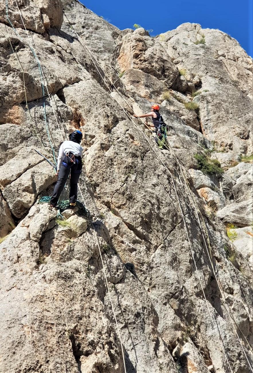 Çok İp Boylu Kaya Tırmanış Eğitimi (B)-Niğde Katılımcı Listesi