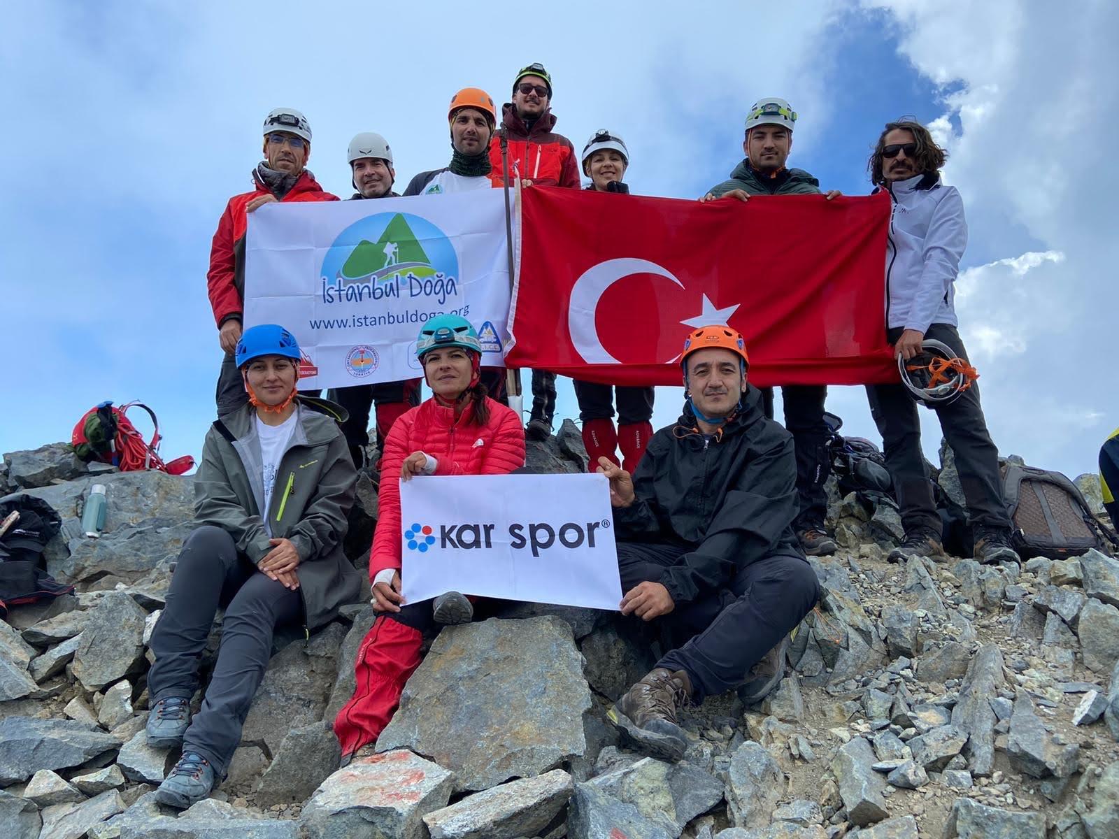 İstanbul Doğa Sporları Kulübü Kaçkar Dağı zirve tırmanışını gerçekleştirdi.