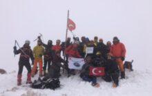 Asya Dağcılık Kızlarsivrisi kış tırmanışını gerçekleştirdi.